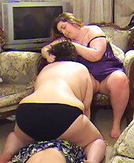 Big women attack a loser with their fat bodies